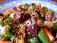 Salad with toasted seeds